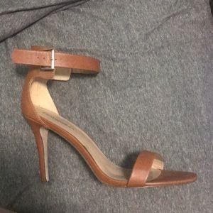 Cognac Strapy heeled sandal